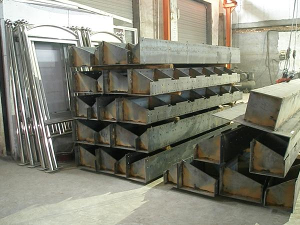 旋转楼梯钢结构
